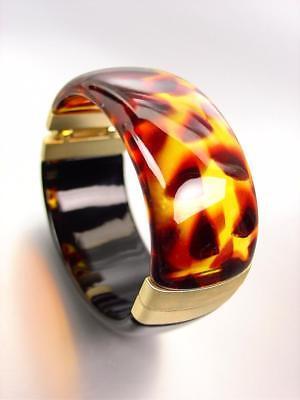 (GORGEOUS Urban Artisanal Brown Tortoise Shell Black Lucite Gold Bangle Bracelet)