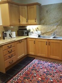 A very modern 1 bed ground floor flat available now all bills inclusive no agents please!!!