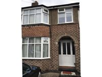 3 Bedroom House -Perfect Location for Family or Proffessionals- City Centre and Train Station