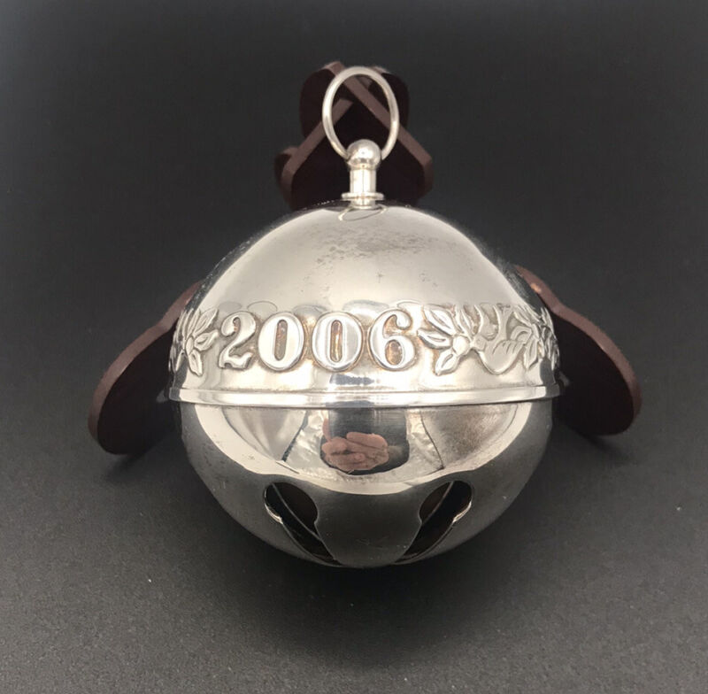 WALLACE SILVERSMITHS SILVER PLATED ANNUAL 2006 SLEIGH BELL CHRISTMAS ORNAMENT