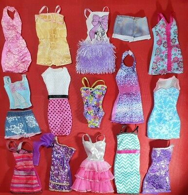 Barbie Mattel Fashionista  Dresses & Doll Clothes Bundle