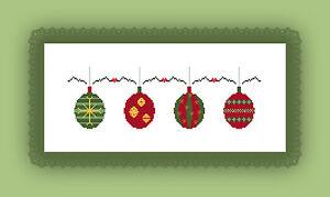 Stickvorlage Kreuzstich Weihnachtskügelchen Weihnachten Kugeln sticken