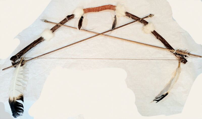 Native American Handmade Bow and Arrows Indian Wall Decor Art Authentic Wood