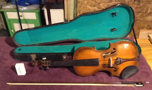 Violin with Accessories