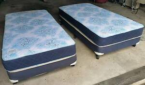 2 Single bed ensembles - mattress and base - $75 each Northbridge Willoughby Area Preview