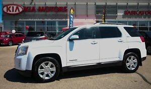 2010 GMC Terrain SLE-2 ACCIDENT FREE - AWD - TOW HITCH - BACK...