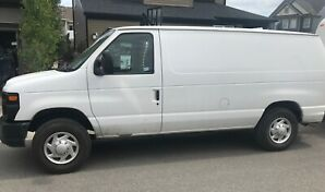 2014 Ford E-250 Econoline Cargo Van with low kms!