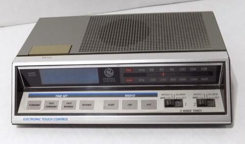 Vtg General Electric GE 7-4663A AM/FM Digital Touch Control Alarm Clock Radio