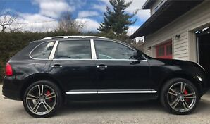 Porsche Cayenne Turbo, Black on Black!!