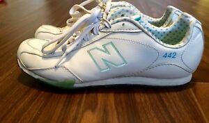 Size 6 White&Blue New Balance Shoes