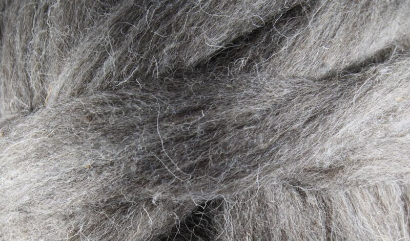 Wool Roving - 1oz - Natural Gray