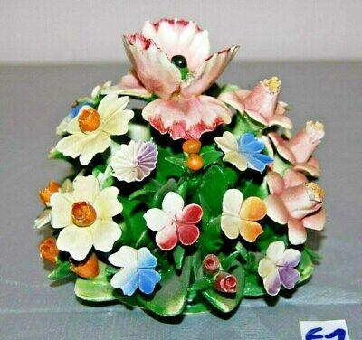 E1 Ancien milieu de table - fleurs - CAPODIMONTE