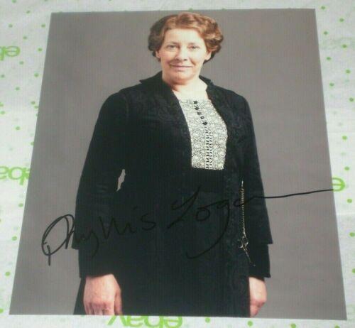 PHYLLIS LOGAN SIGNED DOWNTON ABBEY MRS HUGHES PROMO 8X10 PHOTO AUTOGRAPH COA