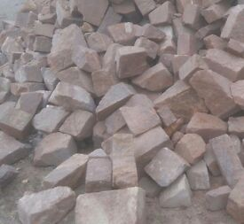 Pink Cropped/Square Gritstone