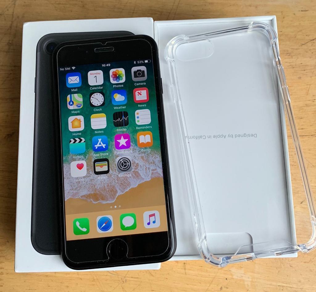 Apple Iphone 7 256 Gb Unlocked Brilliant Condition In Islington