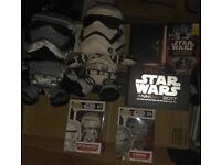 Star Wars pop vinyls, Plushes, free books