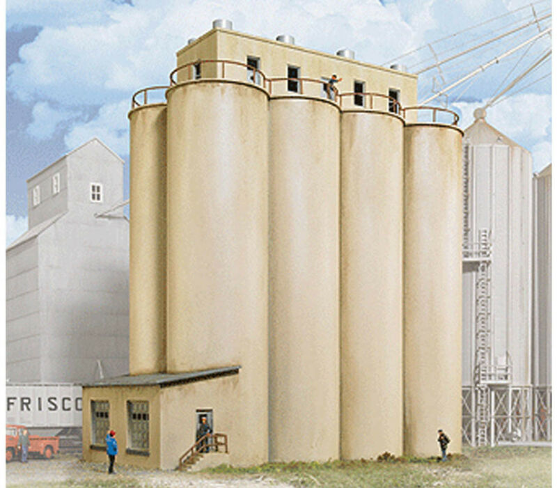 Walthers Cornerstone HO Scale Building/Structure Kit Grain Head House w/Silos