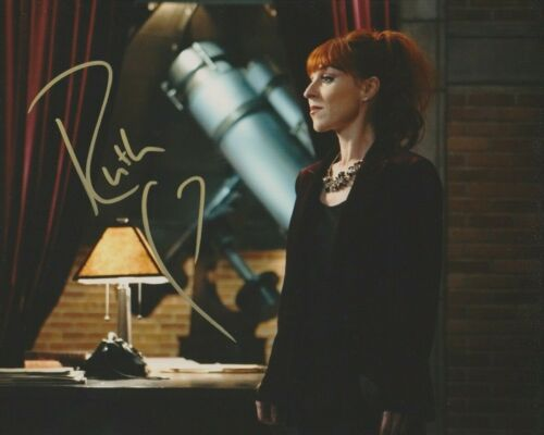 Ruth Connell Supernatural Autographed Signed 8x10 Photo COA 2019-1