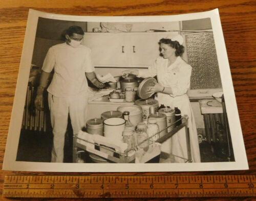 vintage nursing doctor 50s 60s orig 8 X 10 photo - possible military?
