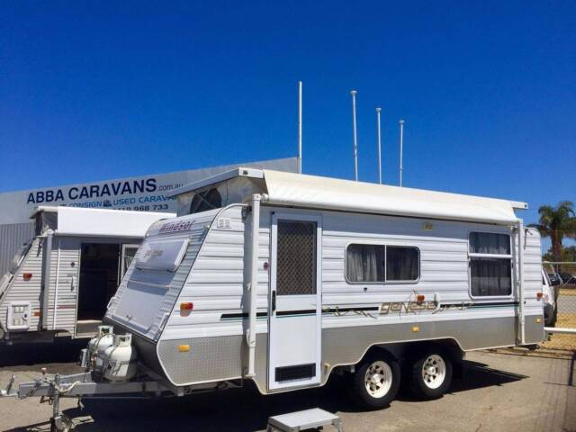 Perfect FOR SALE  Roadstar Sapphire Voyager Caravan With ShToilet  Caravans