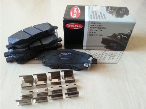FOR TOYOTA AVENSIS T25 FRONT DELPHI QUALITY BRAKE PADS WITH FITTING KIT CLIPS