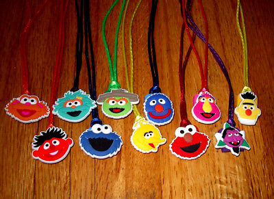 6 SESAME STREET ELMO BIG BIRD GROVER NECKLACE COLOR CORD BIRTHDAY PARTY FAVORS](Sesame Street Birthday Party Favors)