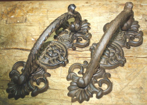 2 HUGE Cast Iron Antique Style LION HEAD Barn Handle Gate Pull Door Handles