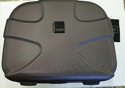 Titan X2 Hardside Beauty Case Maroon (Hardside Beauty Case)