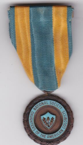 DAUGHTERS OF AMERICAN COLONISTS  NATIONAL SOCIETY ORDER  MEDAL Name MSgt Norwood