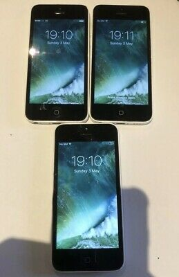 3x Apple iPhone 5c - 8GB - White.  1x unlocked 2x locked to Vodafone. Joblot