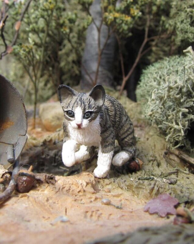 Miniature Dollhouse Kitten By Leslie Frick 1:12 Scale