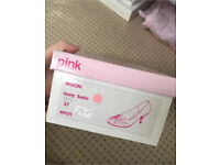 BRAND NEW IN BOX IVORY SATIN WEDDING SHOES PINK PARADOX SIZE 4
