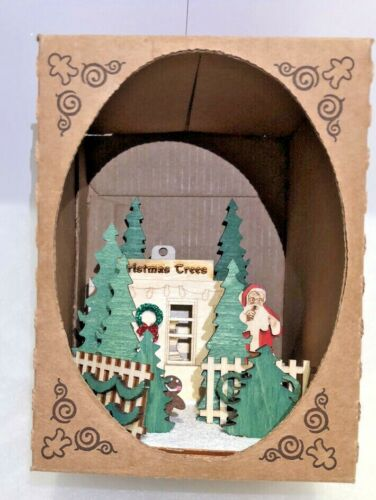 GINGER COTTAGES CHRISTMAS TREES ORNAMENT