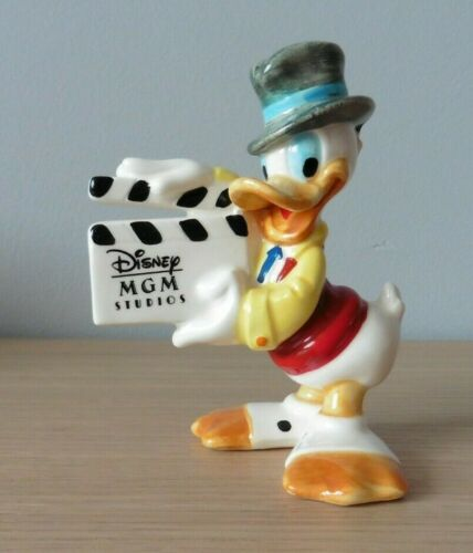 "Vintage Disney DonaldDuck 4.5"" Ceramic Figurine MGM Studios Clapboard Japan 1987"