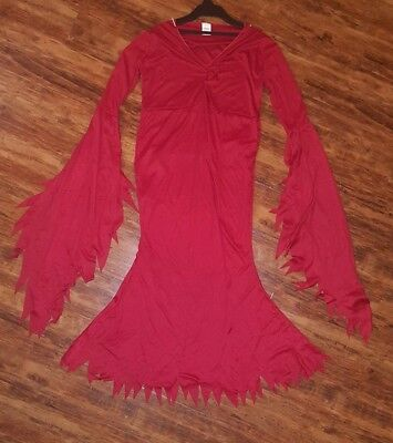Women's Size M/L, 12/14 COSTUME/HALLOWEEN/ PARTY/RED/GOWN/DEVIL/WITCH/DRACULA