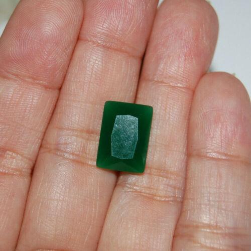 Green Emerald Gemstone 5.95 Carat 14mmx10mm