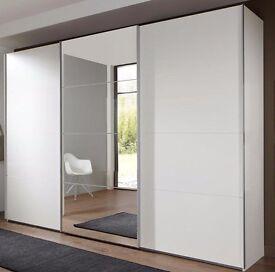 White Sliding doors Wardrobe i
