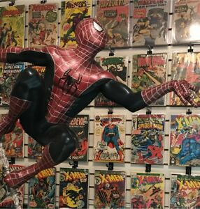 AMAZING SPIDER-MAN STATUE ONLY 1000 MADE IN THE WORLD