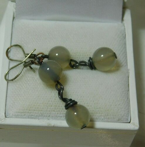 Translucent Grey Agate Bead Stone Sterling Silver Dangle Earrings 8d 123