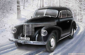 ICM 1/35 Kapitan 2-door Saloon WWII German Staff Car #35476