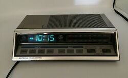General Electric Alarm Clock Radio #7-4663A Electronic Touch Control