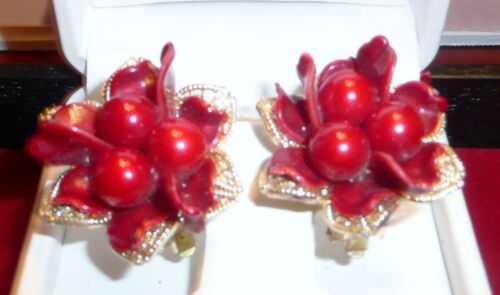 Gorgeous VINTAGE CLIP-ON EARRINGS, Gold-tone Flower With Dark Red Beads Cluster