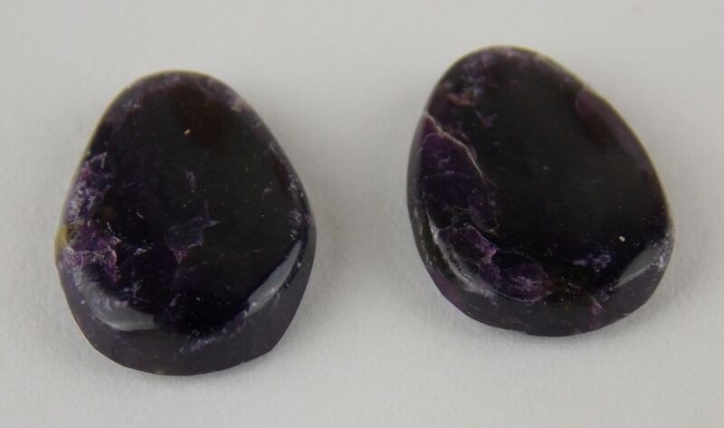 SUGILITE EARRING PAIR - 4.7 carats / 13 x 10 mm - SOUTH AFRICA 23770
