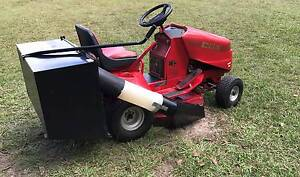 Cox Ride on Mower with catcher Good Condition Greenbank Logan Area Preview