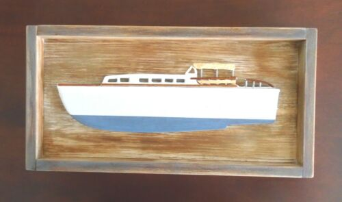 Vintage Cabin Cruiser Boat Plaque