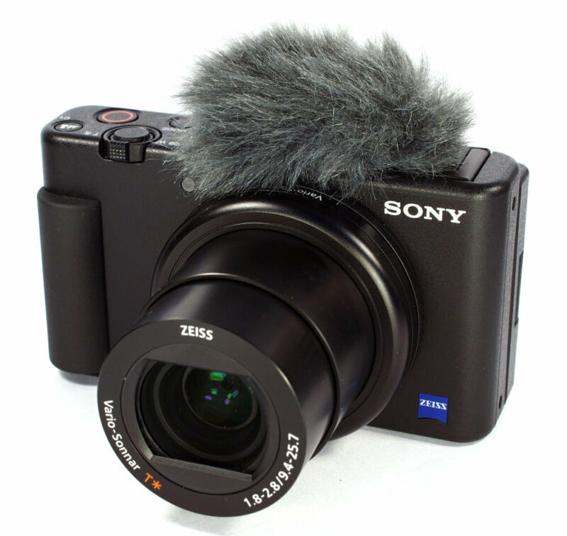 Sony ZV-1 20.1MP/4K Compact Vlog Digital Camera (Black) - DCZV1/B