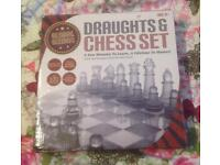 GLASS CHESS AND DRAUGHTS SET 25CM x 25CM FROM GLOBAL GIZMOS. COMPLETE & VGC.