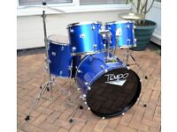 COMPLETE 5 DRUM ROCK KIT IN EXCELLENT CONDITION