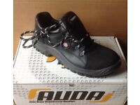 Size 6.5 Brand New, Boxed, Auda Curtis Saftey Shoe with Steel Toe Cap.