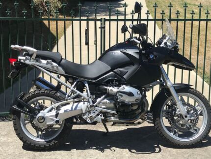 BMW R1200GS Adventure touring, may trade another Rd bike, $8900.